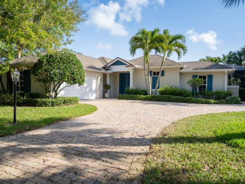 250 Oak Hammock Circle SW - UNDER CONTRACT